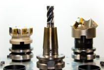 Z czego składa się urządzenie mechaniczne z wyjątkiem elektrowrzeciona?