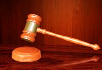 Jak wybrać odpowiedniego prawnika?