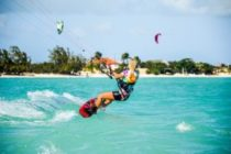 Kitesurfing czyli wiatr we włosach!